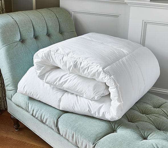 Luxury Hotel Bedding From Jw Marriott Hotels Down Alternative Comforter