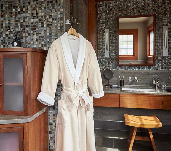 Robe Accommodation: Buy Luxury Hotel Bedding From JW Marriott Hotels