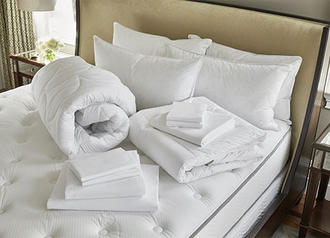 Classic Bed & Bedding Set